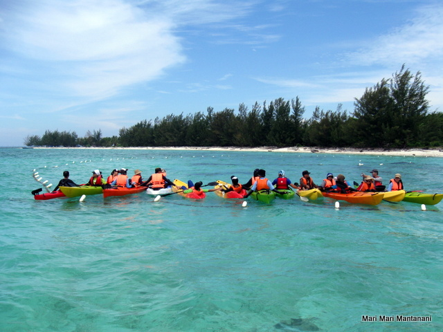 Kayak Group on Mantanani Besar Island